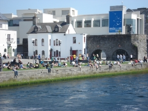 Galway's citizens gather hopefully for the arrival of the Vikings.